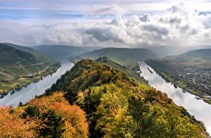 Фотографии Германия Осенние Реки Холмы Облачно Сверху river Moselle Природа