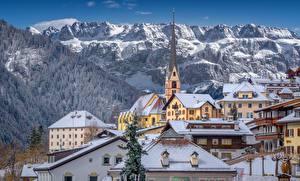 Картинка Италия Гора Церковь Здания Альпы Santa Cristina Valgardena, Dolomites