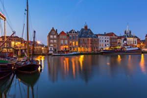 Картинки Голландия Здания Пирсы Лодки Maassluis город