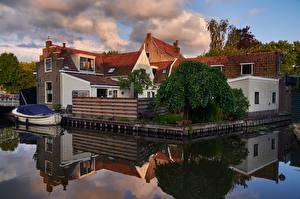 Фото Голландия Дома Воде Лодки Отражается Edam город