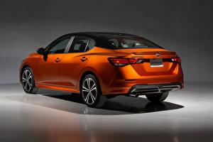 Картинки Nissan Оранжевых Металлик Вид сзади Sentra SR, North America, 2020