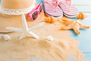 Фото Морские звезды Лето Песок Шляпе Вьетнамки Очки