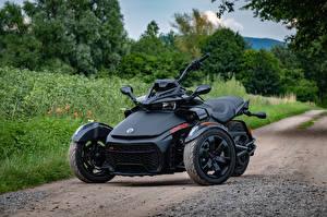 Фото Трайк Черные Can-Am Spyder F3-S мотоцикл