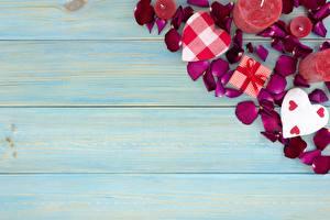 Фотография День всех влюблённых Свечи Шаблон поздравительной открытки Сердце Лепестков Доски