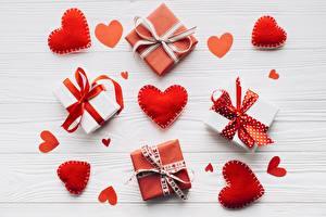 Картинки День всех влюблённых Сердца Подарков Бант