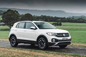 Фотография Volkswagen Белый Кроссовер 2020 T-Cross Life Автомобили