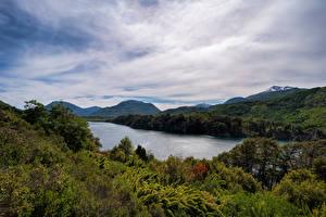 Фотографии Аргентина Горы Озеро Облака Patagonia, Seven Lakes Road Природа