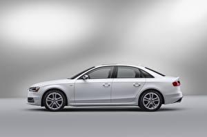 Картинка Ауди Белая Металлик Сбоку S4 Sedan, North America, (B8, 8K), 2012–17 Автомобили