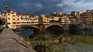Фотография Италия Флоренция Здания Реки Мосты Ponte Vecchio bridge город