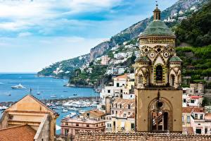 Фото Италия Горы Берег Церковь Здания Яхта Амальфи Башни город