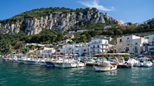 Картинки Италия Горы Яхта Причалы Здания Marina Grande, Capri