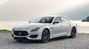 Картинка Maserati Седан Белый Металлик Quattroporte, GTS, GranSport, US-spec, 2018 машина