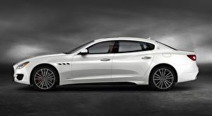 Обои Мазерати Сбоку Белый Седан Quattroporte GTS, GranSport, US-spec, 2018, Luxury автомобиль