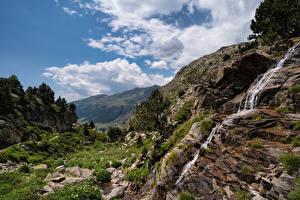 Фотографии Гора Водопады Утес Ручеек Ручей Облачно Облака Pyrenees