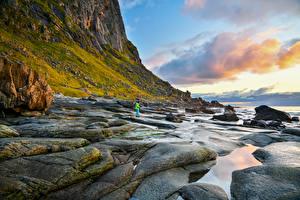 Обои Норвегия Лофотенские острова Берег Камень Скала