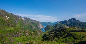 Картинки Норвегия Гора Лофотенские острова Небо Утес