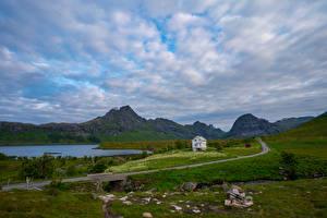 Фотографии Норвегия Горы Лофотенские острова Камни Дороги Облака Selfjord