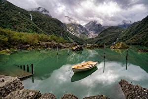 Фотографии Норвегия Горы Парки Озеро Лодки Folgefonna National Park Природа