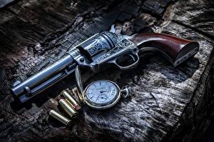 Фото Пистолет Часы Карманные часы Пули Револьвер Армия