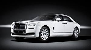 Фотография Rolls-Royce Белая Дорогая Седан Ghost, Eternal Love, 2016 машина