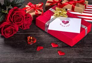 Картинка Розы Свечи День святого Валентина Сердце Подарки цветок