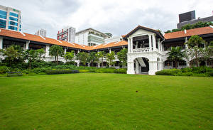 Картинка Сингапур Здания Гостиница Газон Raffles Hotel город