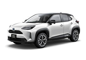 Картинки Toyota CUV Металлик Белый фон Toyota Yaris Cross Hybrid Z, JP-spec, 2020 машина