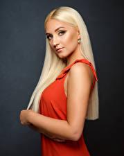 Фотографии Блондинка Волос Платья Взгляд Viktoria Девушки