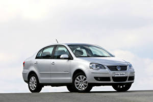 Фото Volkswagen Серебристая Металлик Polo Sedan Comfortline 1.6 8V, 2009 машины