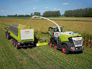Обои Сельскохозяйственная техника Поля Зерноуборочный комбайн 2018-20 Claas Jaguar 960 Terra Trac