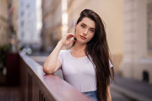 Картинка Футболке Волосы Взгляд Боке Anastasia молодые женщины