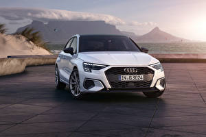 Фото Audi Белые Металлик Спереди A3 Sportback 30 g-tron, 2020 машина