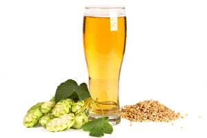 Картинка Пиво Хмель Белом фоне Стакана Зерна