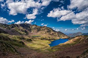 Картинки Франция Гора Озеро Пейзаж Небо Облака Auzat Природа