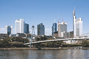 Фотография Франкфурт-на-Майне Небоскребы Река Мост Main river