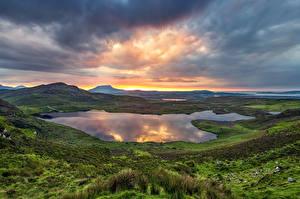 Фотография Ирландия Горы Озеро Рассвет и закат Облако Donegal