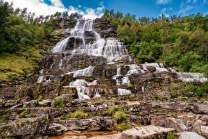 Фотография Норвегия Водопады Камни Утес Tvindefossen Природа