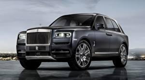 Обои для рабочего стола Rolls-Royce Роскошная Кроссовер Серый Cullinan, 2018 Автомобили