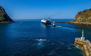 Фотографии Испания Маяк Корабль Заливы Скалы Gipuzkoa
