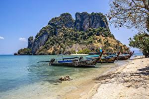Обои Таиланд Остров Лодки Берег Трое 3 Phuket Природа