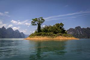 Картинки Таиланд Парки Озеро Остров Гора Деревьев Cheow Lan Lake Khao Sok National Park