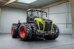 Обои Сельскохозяйственная техника Тракторы Claas Xerion 5000, 2014