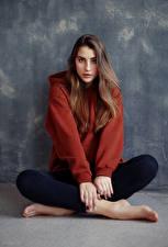 Фотографии Сидит Взгляд Модель Шатенки Anna, Evgeniy Bulatov молодая женщина