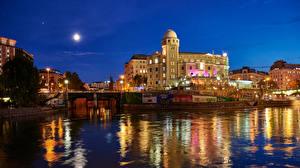 Обои Австрия Вена Дома Речка Мосты Ночь Уличные фонари Луна