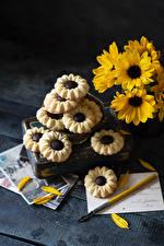 Фото Хризантемы Печенье Доски Желтых Еда