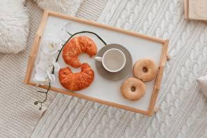 Картинка Пончики Круассан Орхидея Поднос Чашка Еда
