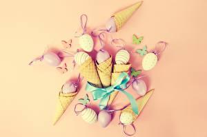 Картинка Пасха Яйцами Вафельный рожок