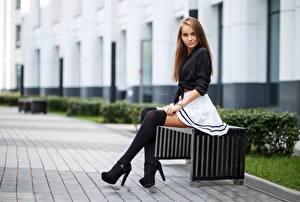 Фотографии Сидит Туфель Юбка Шатенки Гольфах Maksim Romanov Девушки