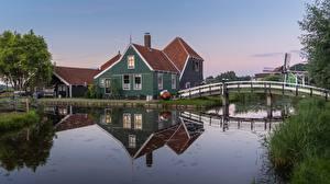 Фото Нидерланды Мост Здания Водный канал Zaandam, Noord-Holland