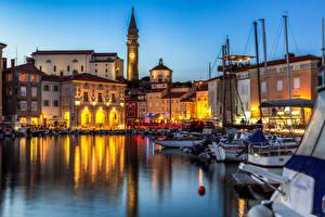 Обои для рабочего стола Словения Дома Вечер Лодки Piran город